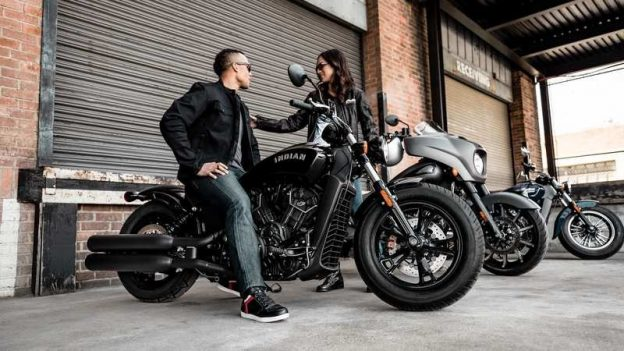 2020-indian-scout-bobber--11_800x0w